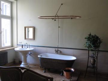 Badezimmer Ausstattung 1920 überarbeitet